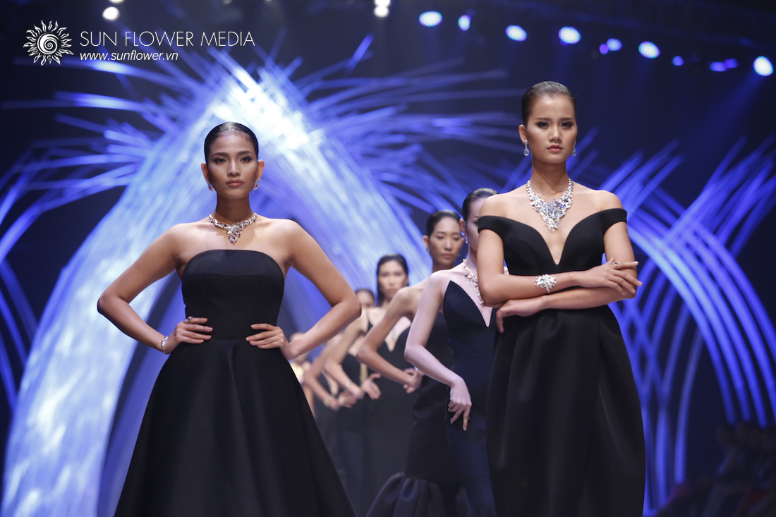 COUTURISSIMO-VN-INTERNATIONAL-FASHION-WEEK-2015-0956