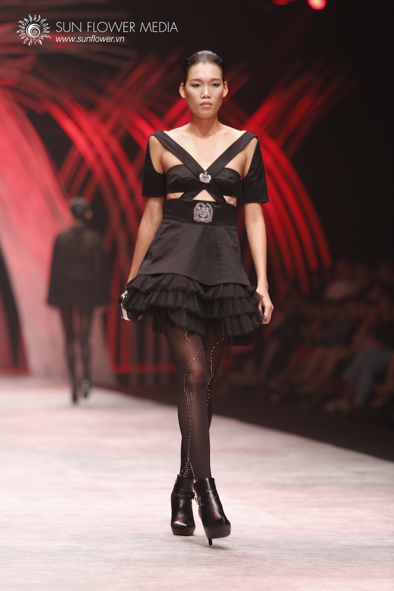 COUTURISSIMO-VN-INTERNATIONAL-FASHION-WEEK-2015-1336