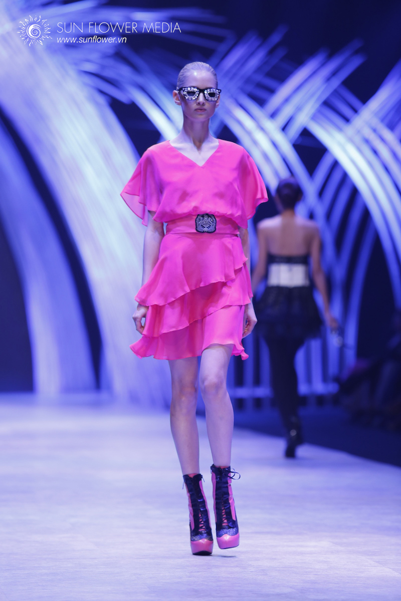 COUTURISSIMO-VN-INTERNATIONAL-FASHION-WEEK-2015-1350