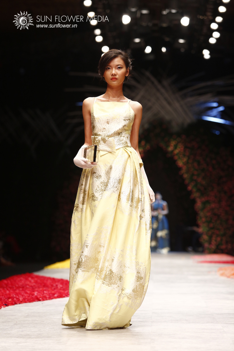 phuong-my-vietnam-international-fashion-week2015_14_7623