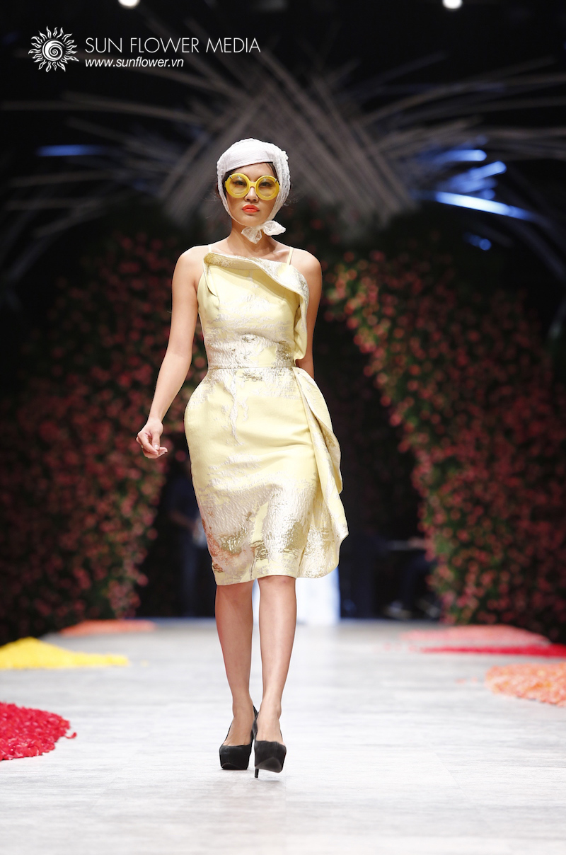 phuong-my-vietnam-international-fashion-week2015_14_7655