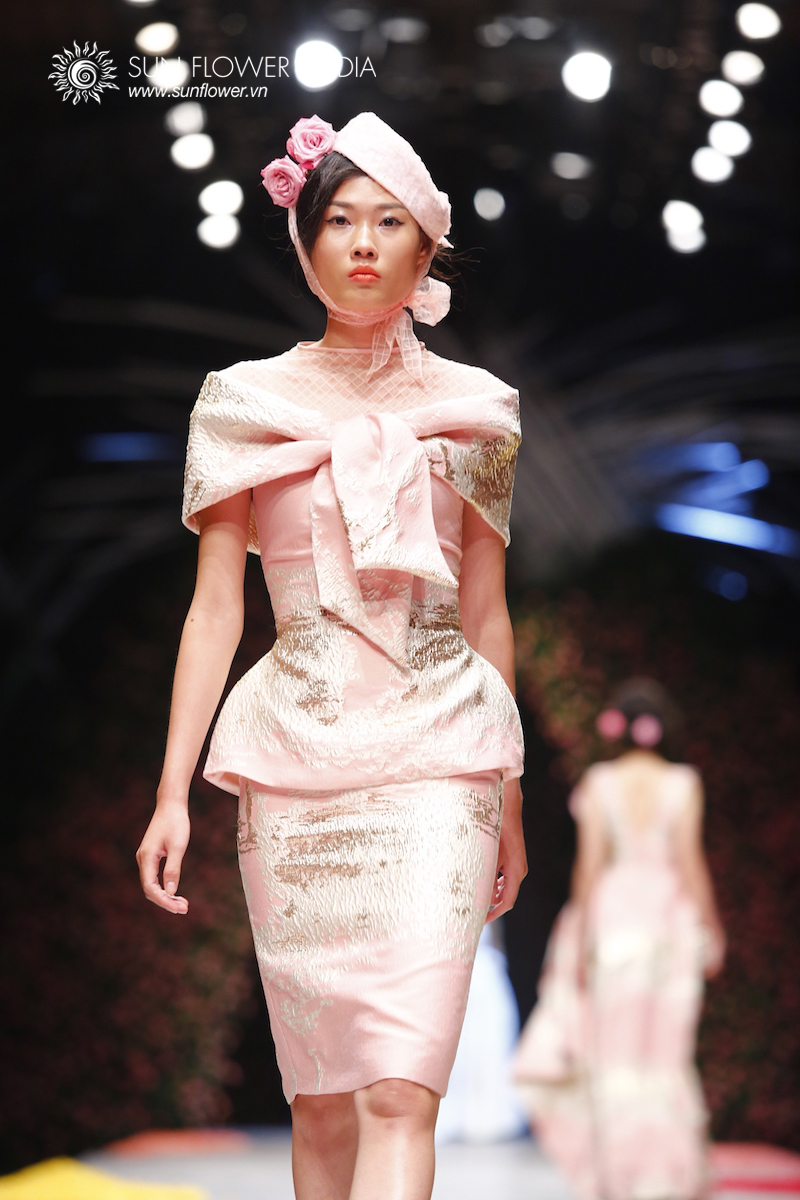phuong-my-vietnam-international-fashion-week2015_14_7672