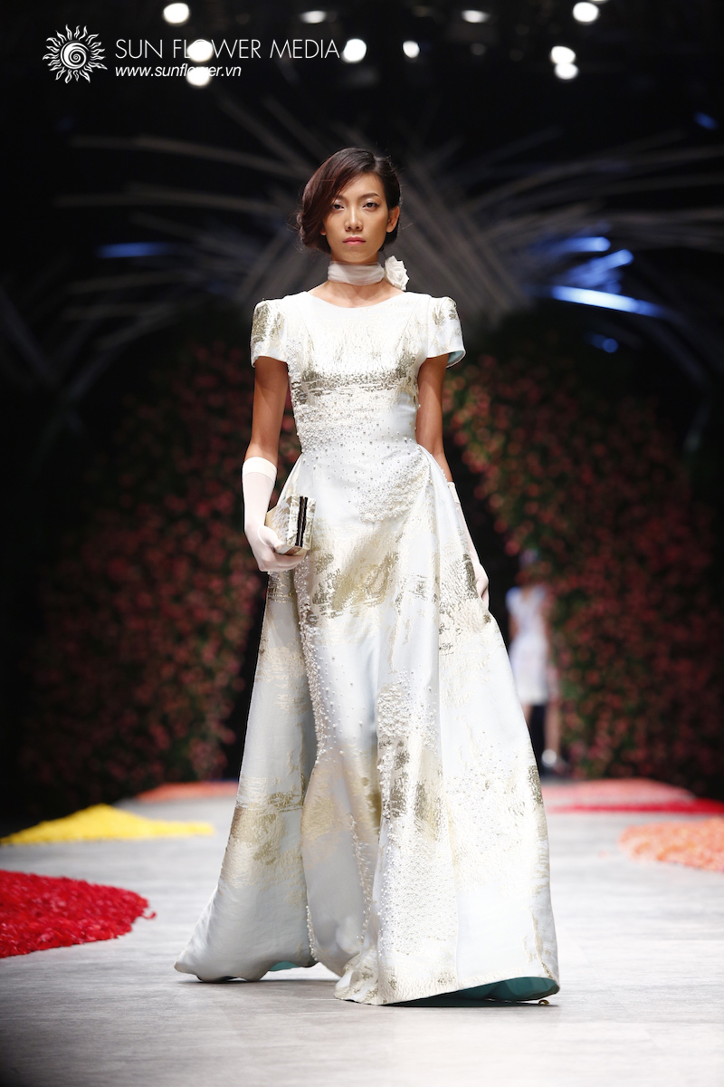 phuong-my-vietnam-international-fashion-week2015_14_7751