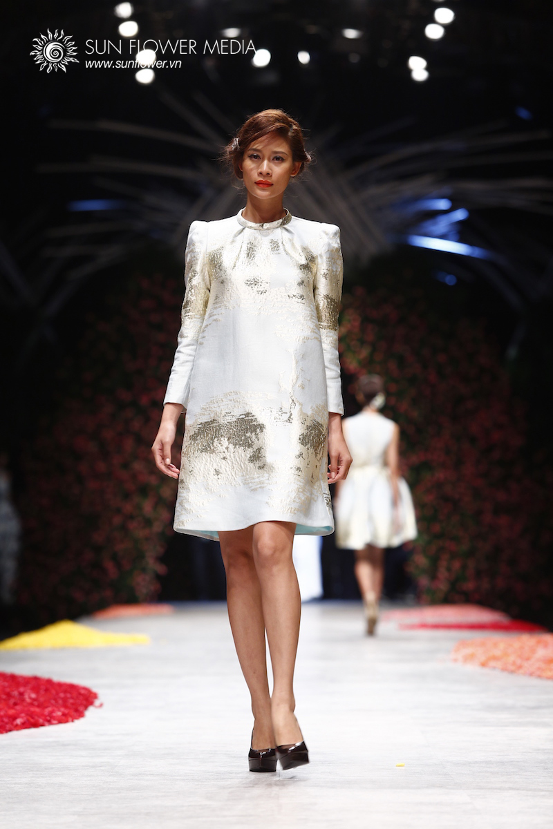 phuong-my-vietnam-international-fashion-week2015_14_7789