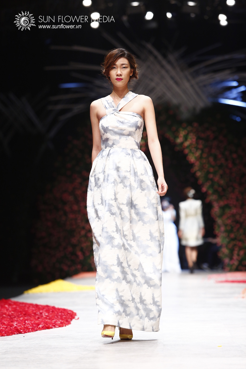 phuong-my-vietnam-international-fashion-week2015_14_7795
