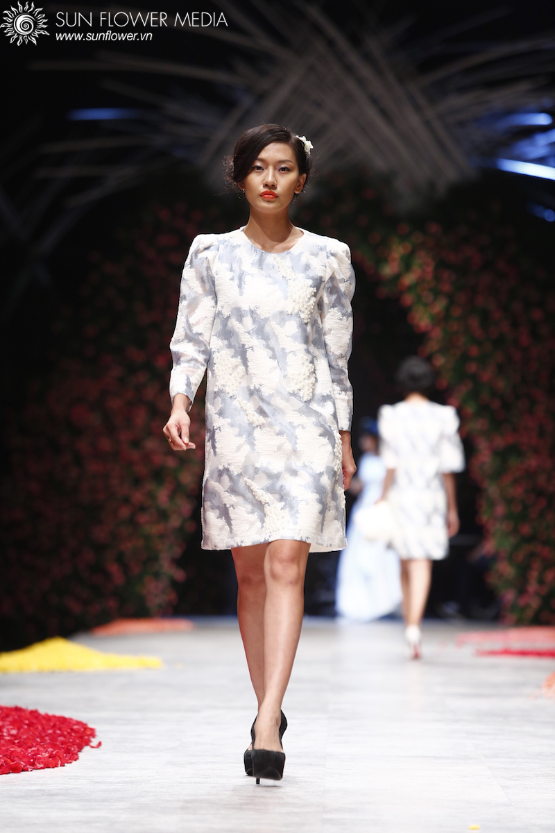 phuong-my-vietnam-international-fashion-week2015_14_7800