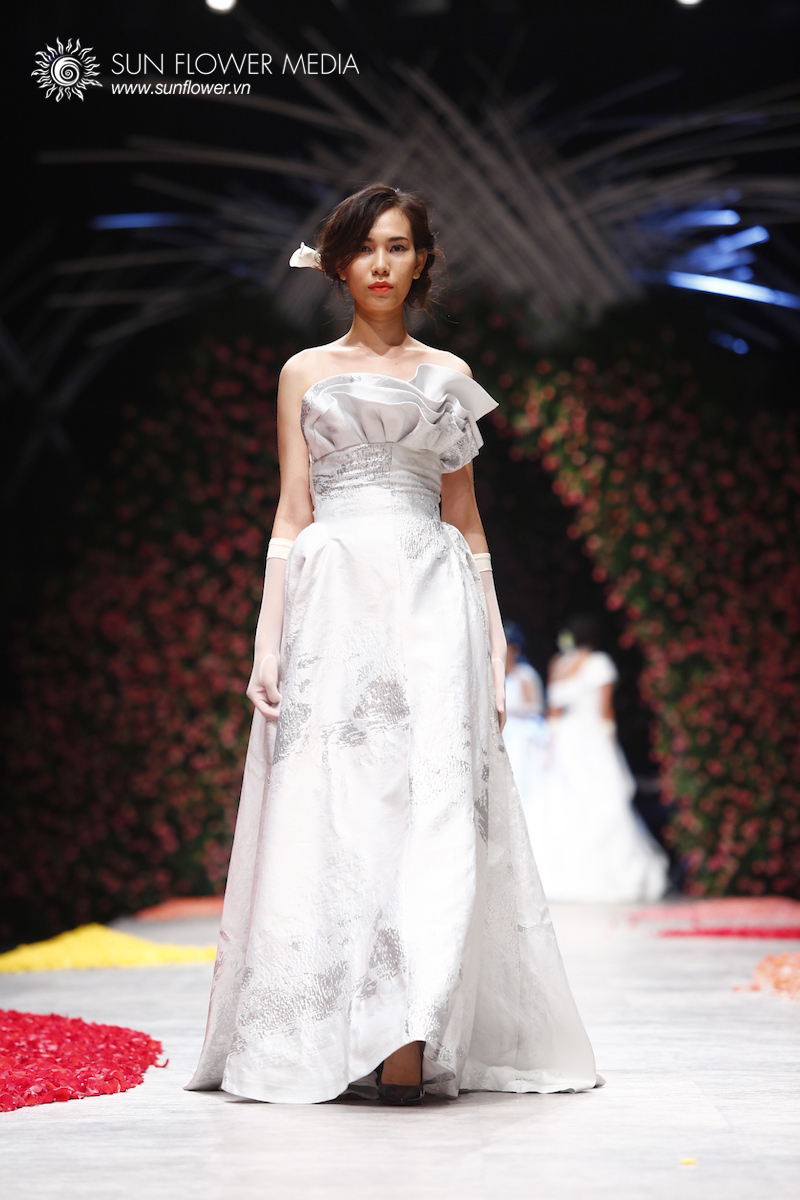 phuong-my-vietnam-international-fashion-week2015_14_7813