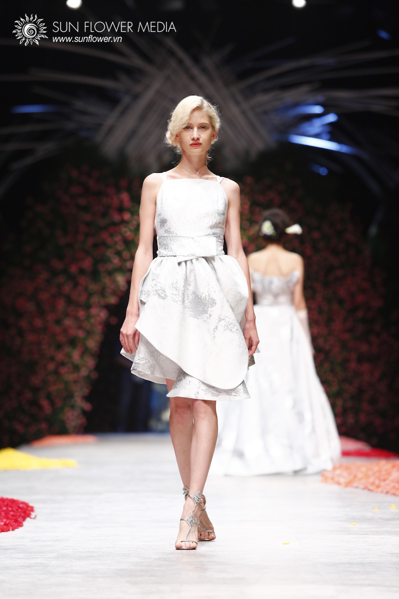 phuong-my-vietnam-international-fashion-week2015_14_7816
