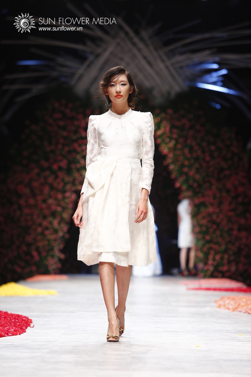 phuong-my-vietnam-international-fashion-week2015_14_7829