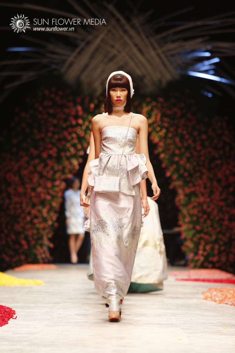phuong-my-vietnam-international-fashion-week2015_14_7846