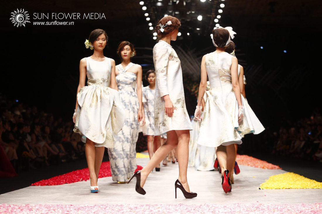 phuong-my-vietnam-international-fashion-week2015_14_7850 copy