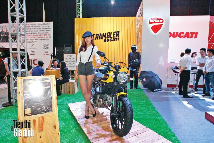 20151110-viet-nam-international-motor-show-2015-ducati