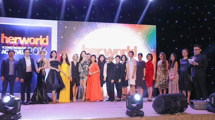 gala her world young woman achiever 2016 hinh anh