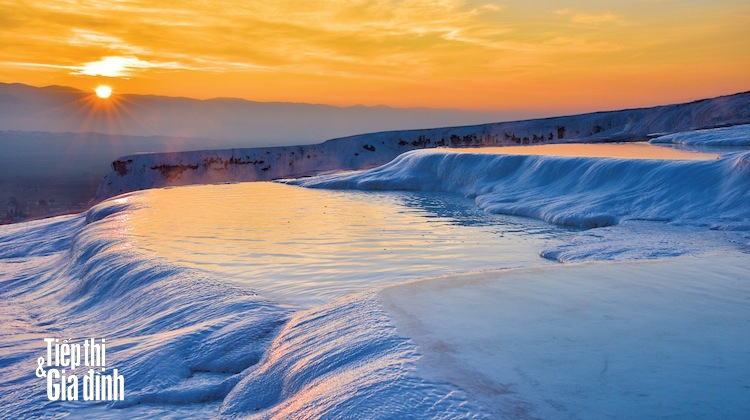 Pamukkale-hinh-anh-shutterstock-252233854