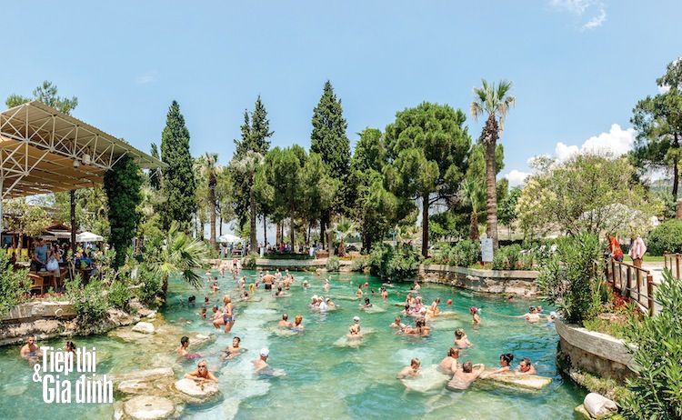 Pamukkale-hinh-anh-shutterstock-541299856